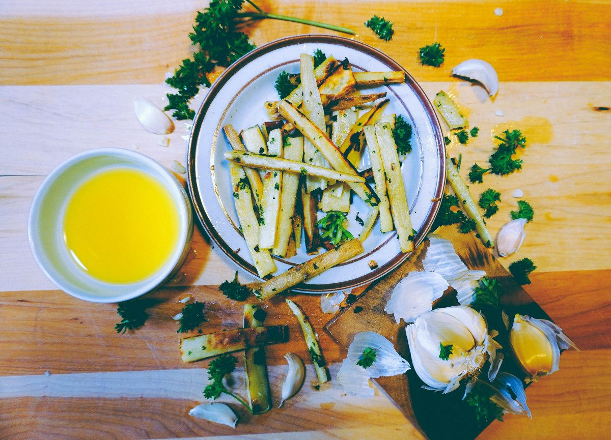 Recipe: Garlic Yellow Yam Fries